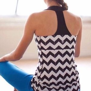 Lululemon Chevron Black and White Tank Top Size 6